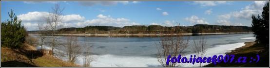 pohled na řeku od srubu