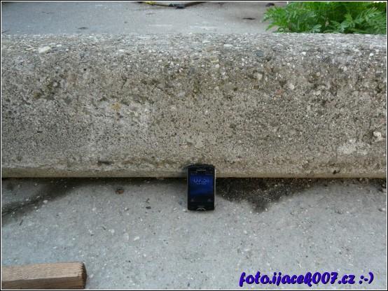 obrázek betonový pilíž