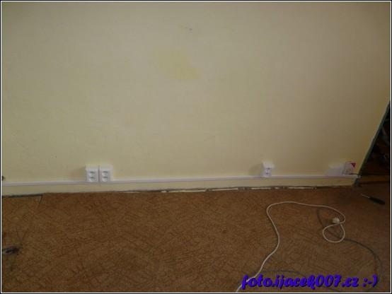 zapojení všech zásuvek instalovaných nad elektrikářskou lištou.