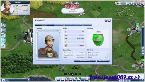 pohled na profil hráče jmění jeho impéria a logo