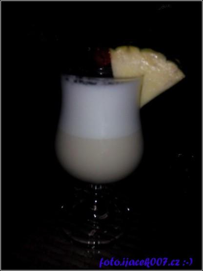 drink pina colada