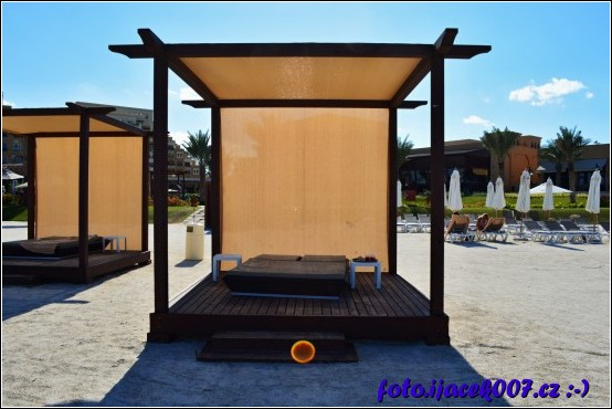 trochu luxusnější místo pro odpočinek na pláži