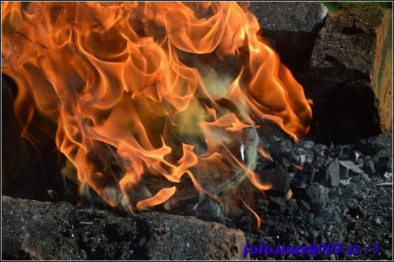 obrázek podkova v plamenech