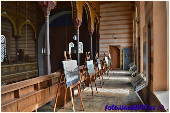 Synagoga se v Krnově využívá i pro koncerty či výstavy.