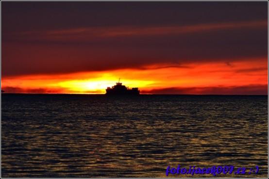 Západ slunce nad mořem ze Zaostrogu