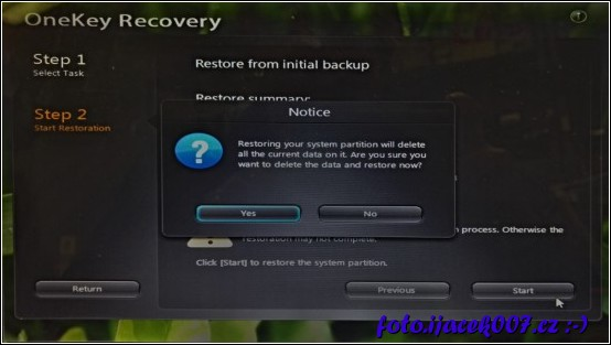 upozornění že během akce budou z počítače odstraněny všechny uživatelské data