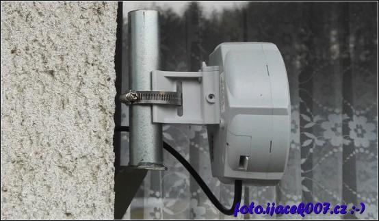 přípojka internetového provozovatele připojení.