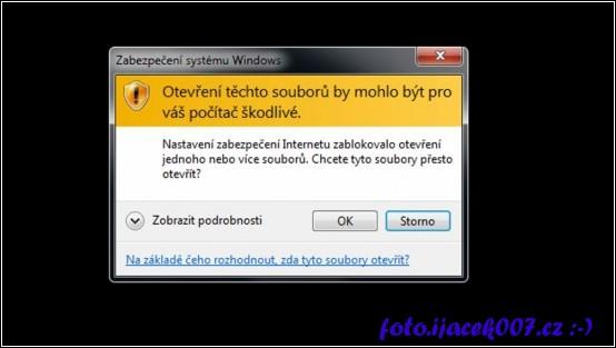 Dialog systému Windows informující o omezeném spuštění v závislosti na nastavení zony