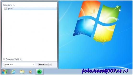 dialog na spuštění editoru zásad Windows z nabídky start