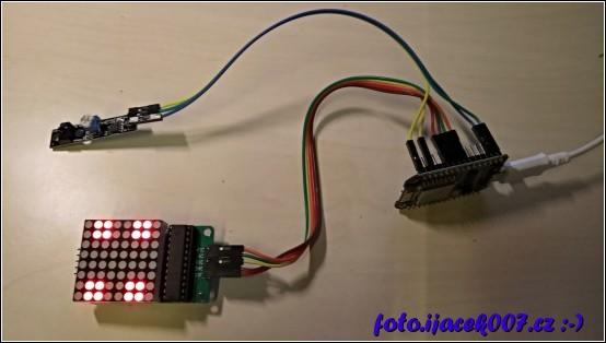 Spojení všech komponent LED displeje bezdotekového ovládaní a ESP8266