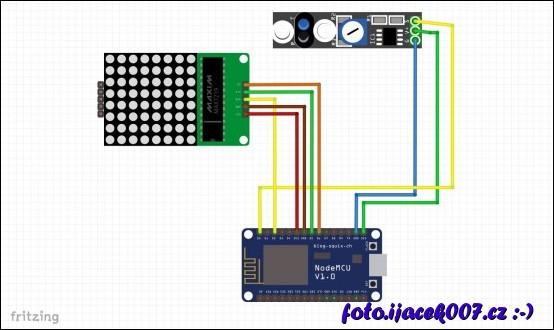zapojení součástek. Barvy vodičů odpovídají propojovacím drátům z reálných fotek.