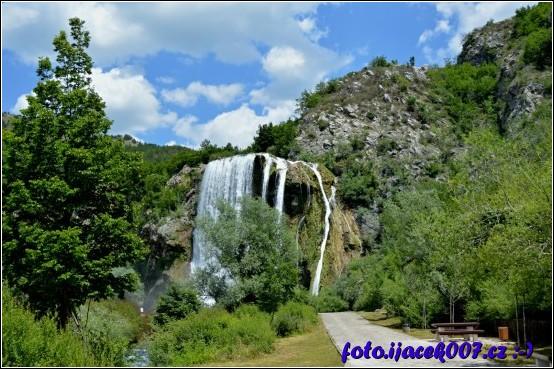 obrázek Vodopád