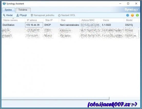 obrazovka aplikace synology asistant a zobrazení nalezených synology v síti
